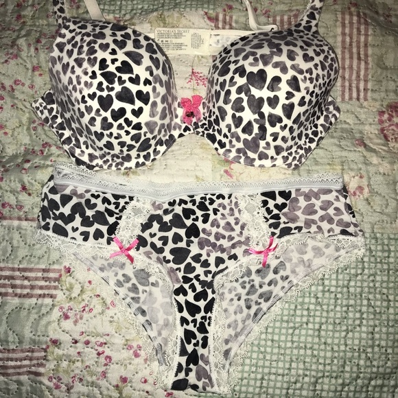Victoria's Secret Other - Victoria Secrets matching bra thong and panties.